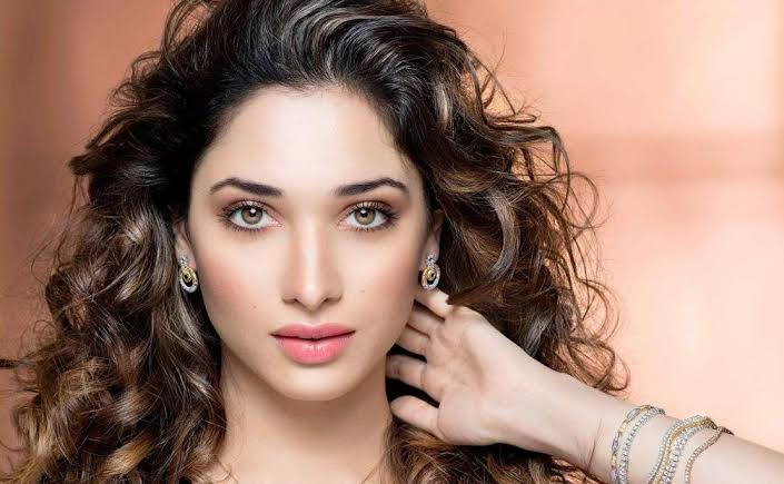 Star actress spends 16crs for a sea view house