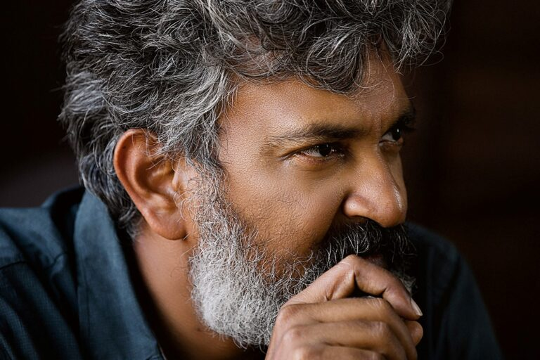 Rajamouli makes a master plan for investment