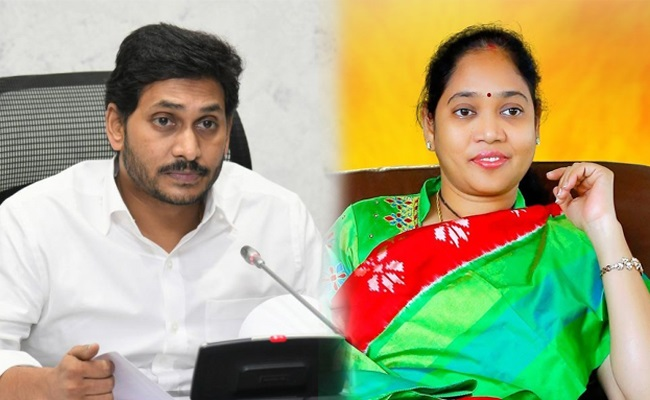 Jagan's total focus on Home Minister sucharitha, what's happening?
