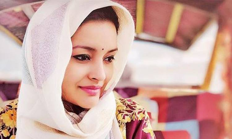Looking for a magical connection – Renu Desai