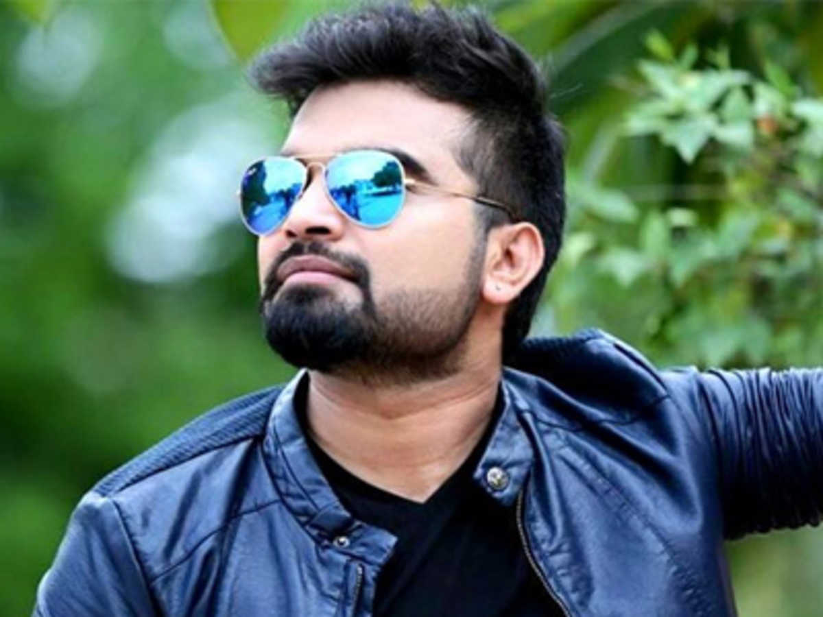 Is Pradeep going to marry Politician's Daughter...?