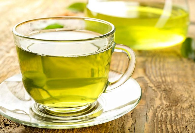 Excessive intake of green tea leads to these side effects..!