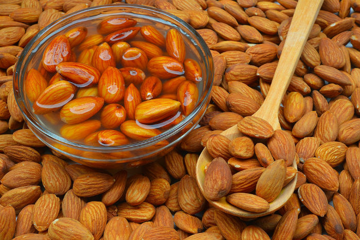 Why should we eat soaked almonds? Here are the reasons..!