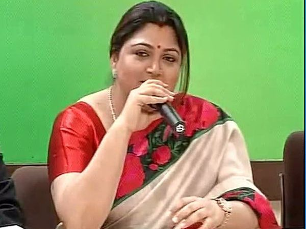 Khushbu quits Congress and joined BJP