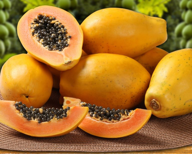 Can we get Healthy Skin And Hair With Papayas?