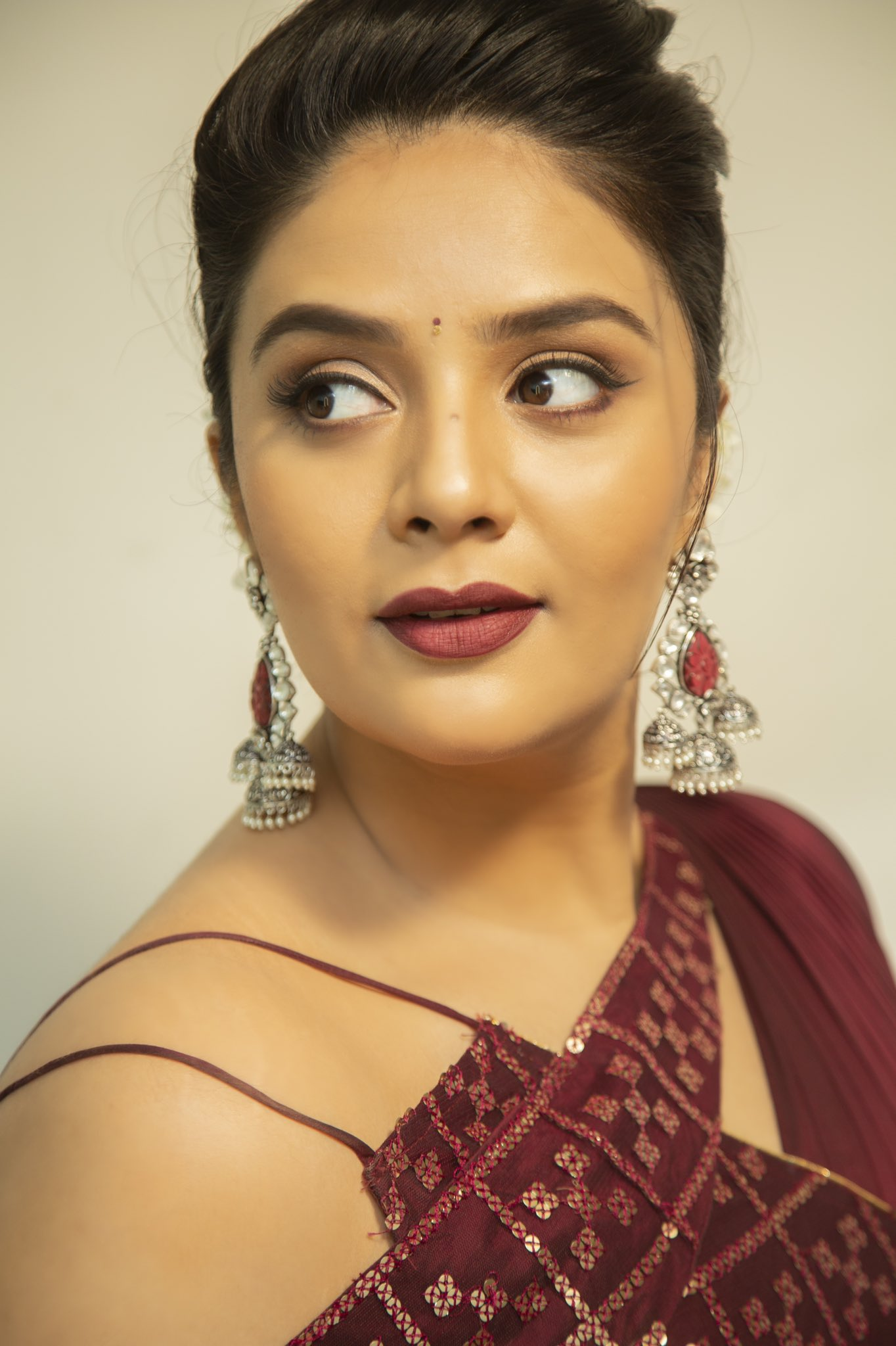 sreemukhi Latest Pictures