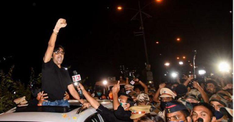 Out of jail, Arnab makes big announcements