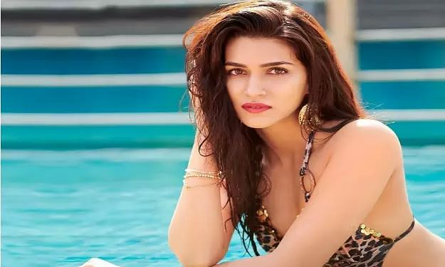 Check out Kriti Sanon, the poet