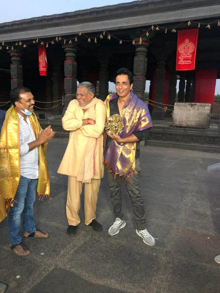 Koratala Siva felicitates Sonu Sood on sets of Acharya