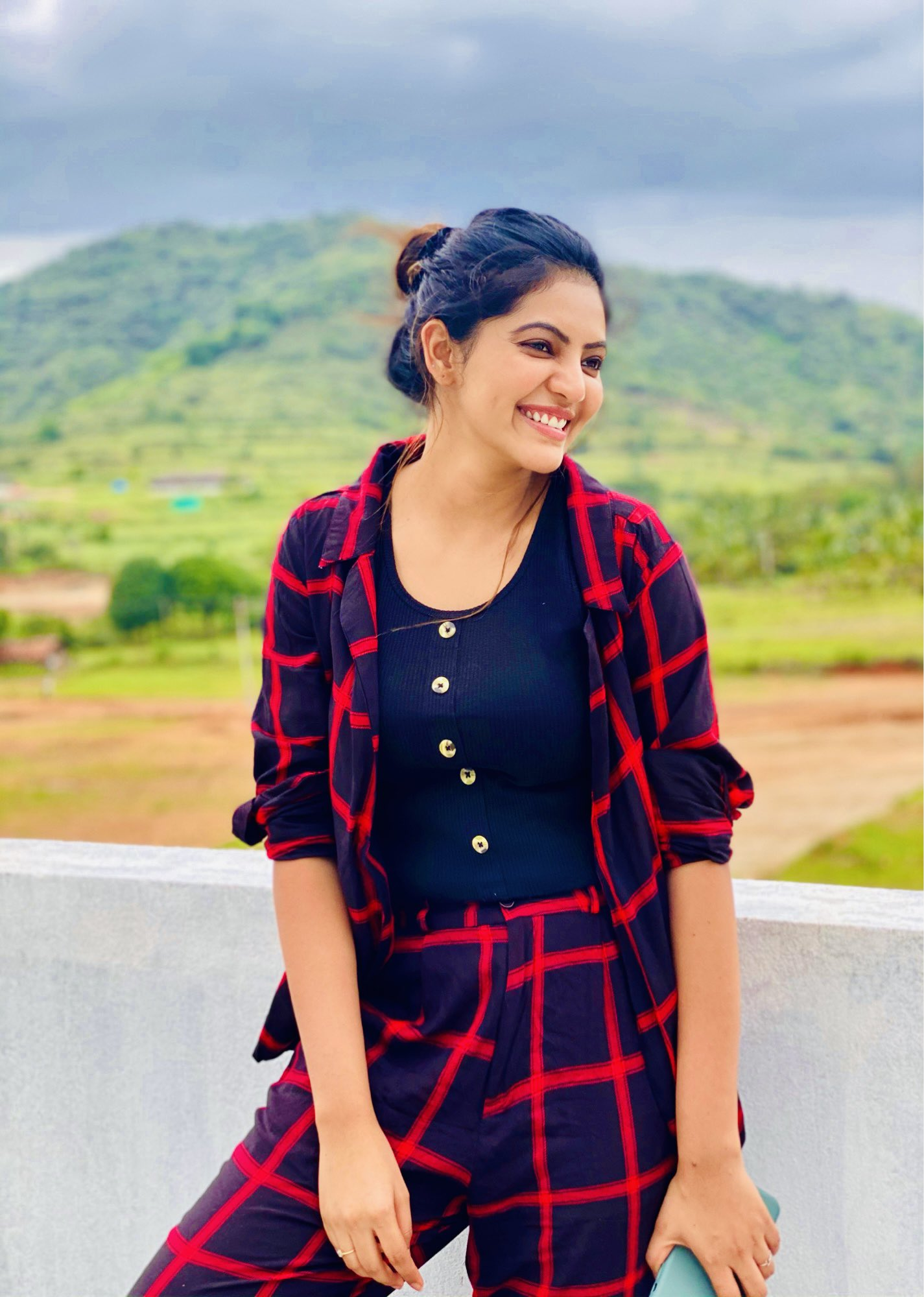 Athulya Ravi Latest Pictures